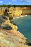 Formazioni rocciose spettacolari sulla spiaggia di Benagil Fotografie Stock