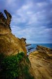 Formazioni rocciose sulla costa Immagini Stock Libere da Diritti