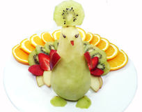 Forme créative de paon de dessert d'enfant de fruit Image libre de droits