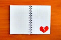 Forme de bloc-notes et de coeur image libre de droits