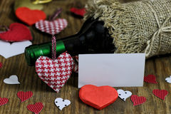 Forme de coeur d'amour de vin de table Photos stock