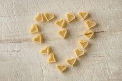Forme de coeur d'amour de pâtes Image stock
