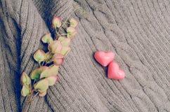 Forme de coeur de vintage sur la laine, concept d'amour de jour de valentines Photo stock