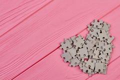 Forme de coeur des puzzles de carton Photographie stock