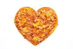 Forme de coeur de pizza Photographie stock libre de droits