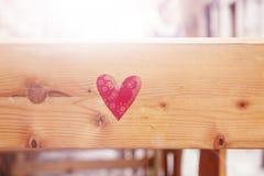 Forme de coeur sur le fond en bois Photos stock