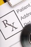 Forme de prescription dans le doctor& x27 ; macro de bureau de s photos libres de droits