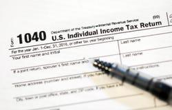 Forme di imposta degli Stati Uniti Fotografia Stock Libera da Diritti