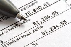 Forme du jour W2 1040 d'impôts Photo libre de droits