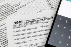 Forme 1040 du service des recettes fiscales IRS - revenu de personne des USA Images libres de droits