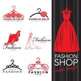 Forme el logotipo de la tienda - vector del logotipo vestido y de la suspensión de ropa rojos diseño determinado stock de ilustración