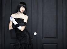 Forme el retrato de la mujer hermosa joven Imágenes de archivo libres de regalías