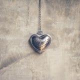 Forme en acier de coeur pour la valentine Photos libres de droits