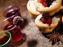 Forme, fruits et jus d'étoile d'anis Photographie stock