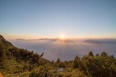 Forme la montaña Italia del baldo Foto de archivo