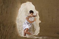 La muchacha en la cueva Foto de archivo libre de regalías