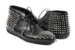 Forme los zapatos negros, aislados en el fondo blanco Fotografía de archivo libre de regalías