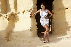 A menina na caverna foto de stock royalty free