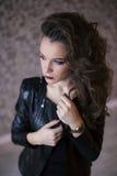 Forme a mulher a cara modelo com composição brilhante do encanto Fotos de Stock Royalty Free
