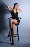 Forme o tiro de uma mulher nova em um vestido de noite Fotos de Stock Royalty Free