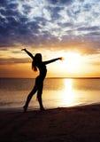 Forme physique au coucher du soleil Images libres de droits