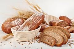 Forme physique de pain avec du blé images stock