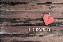 Forme rouge de coeur avec le mot Photo libre de droits