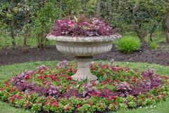 Formeel bloemstuk bij Regent` s Park, Londen, het UK royalty-vrije stock fotografie