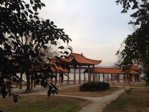 formeel rust paviljoen op weg Royalty-vrije Stock Foto's