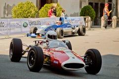 Formelbilar på Bergamo den historiska granda prixen 2017 Arkivfoton