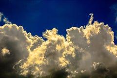 Formen von Wolken im Himmel Lizenzfreies Stockfoto