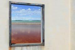 formentera salines ses查看木的视窗 免版税库存照片
