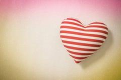 Formes de coeur sur le fond clair abstrait de scintillement Photo stock