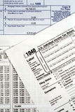 Formez la déclaration d'impôt sur le revenu 1040 Images libres de droits