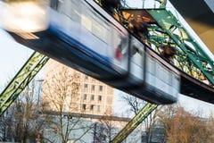 Formez le chemin de fer de suspension de Wuppertal Image libre de droits