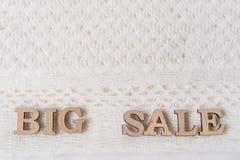 Formułuje DUŻEJ sprzedaży abstrakcjonistycznych drewnianych listy, tło textured zima dziam woolen Zdjęcia Stock