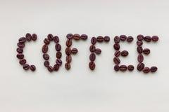 Formułuje kawę robić piec czarne kawowe fasole na białym tle Kawowy symbol i dekoracja zdjęcia royalty free