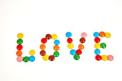 formułuje miłości od kolorowego cukierku odizolowywającego na bielu fotografia royalty free