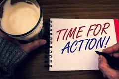 Formułuje writing teksta czas Dla akci Motywacyjnego wezwania Biznesowy pojęcie dla pilność ruchu ośmielenia wyzwania pracy Formu Fotografia Stock