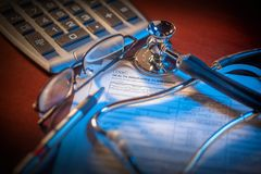 Formulário de crédito de seguro da saúde Foto de Stock