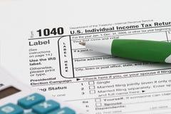 Formulário de imposto 1040 Imagens de Stock