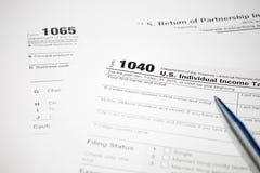 Formulário de imposto dos E.U. foto de stock