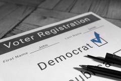 Formulário de recenseamento eleitoral - Democrata Fotos de Stock