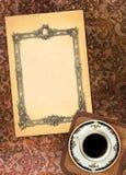 Formulário do vintage com um copo do chá foto de stock royalty free