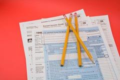 Formulários de imposto 1040 imagens de stock