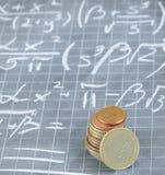 Formula matematica per la fabbricazione dei soldi Immagine Stock
