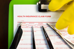 Formulaire de réclamation d'assurance médicale maladie Photographie stock libre de droits
