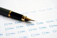 Formulário da avaliação de negócio Fotos de Stock Royalty Free