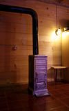 Fornalha de madeira velha Fotos de Stock