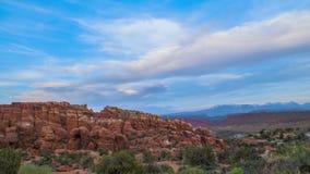 A fornalha impetuosa negligencia o parque nacional dos arcos Foto de Stock Royalty Free